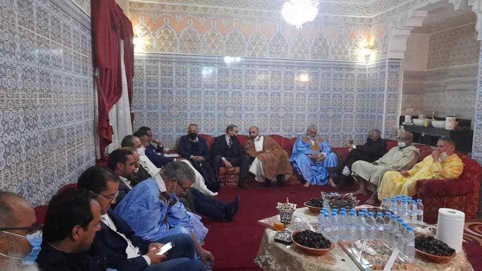 شفيق بنكيران يقدم التعازي باسم الرئيس ومكونات الحزب لمنسق العيون في وفاة والده