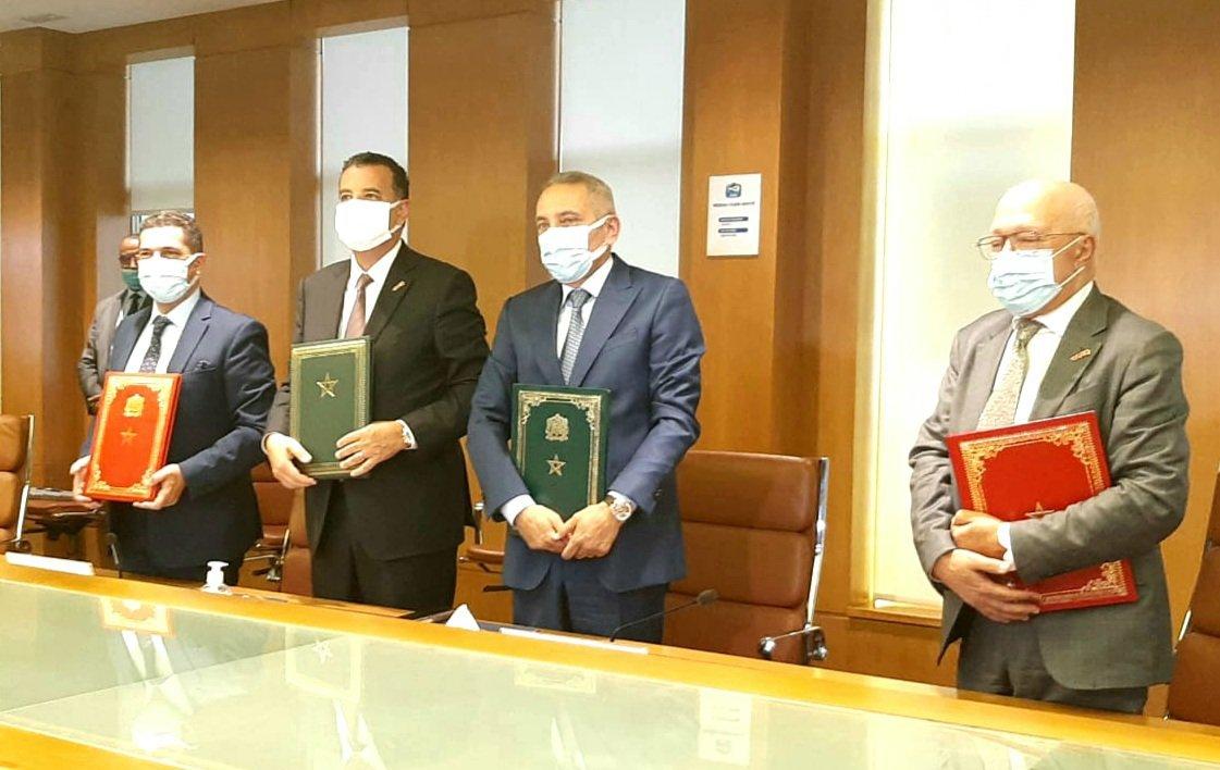 العلمي يوقع على اتفاقية إطار لإحداث معهد للتكوين المهني في مهن الصناعة الدوائية